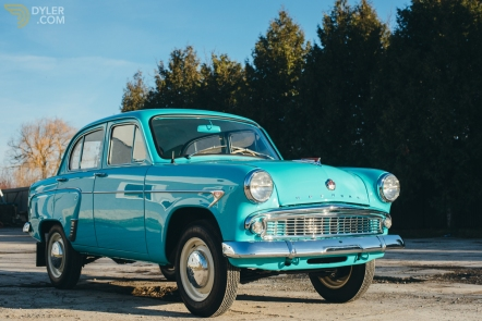 1962 moskvich-407-blue