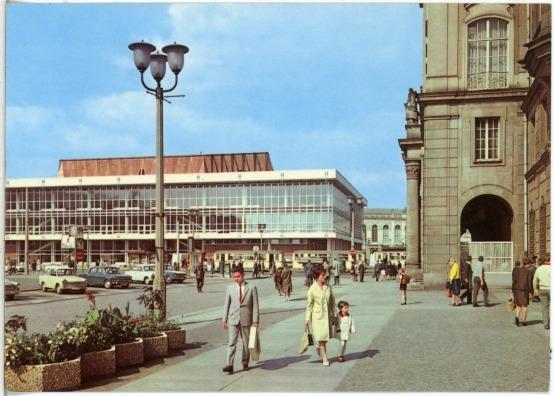 1969 Dresden Altmarkt, Blick zum Kulturpalast-Brück & Sohn Kunstverlag