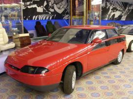 1991 Moskvich Concept - 2143 Yauza from Russia b